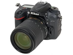 Nikon D7200 Kit 18-105mm f/3.5-5.6G AF-S ED DX VR