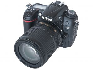 Nikon D7000 Kit 18-105mm f/3.5-5.6G AF-S ED DX VR