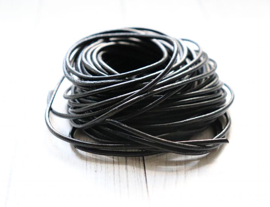Шнур кожаный, черный, 2 мм