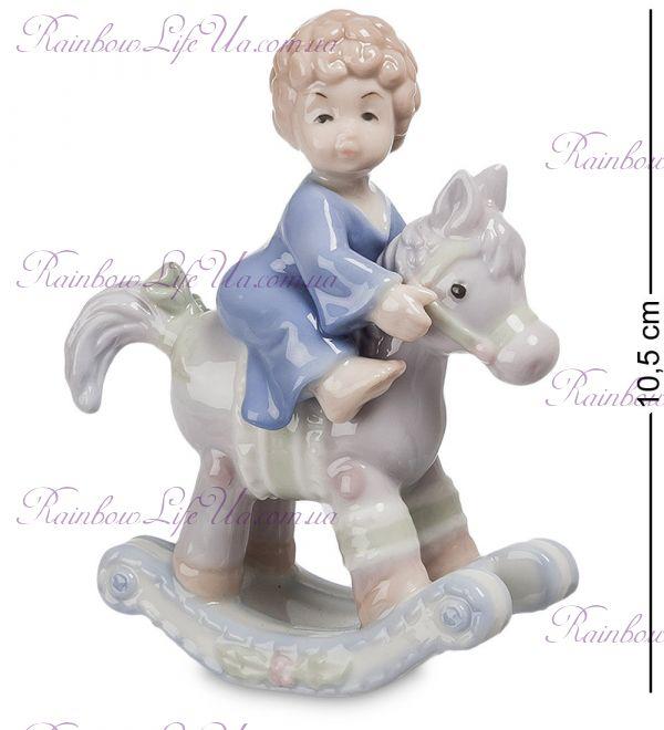 "Фигурка малыш на лошадке - качалке ""Pavone"""