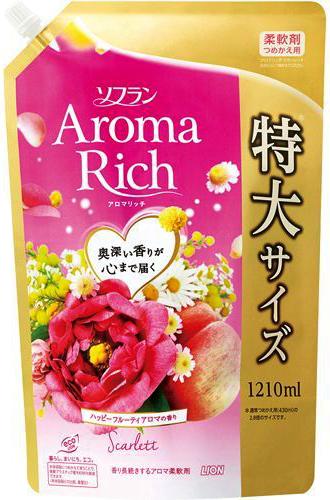 Lion Soflan Aroma Rich Scarlett Кондиционер для белья с натуральными ароматическими маслами мягкая упаковка 1210 мл