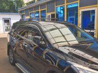Багажник на крышу Hyundai Santa Fe 2012-..., Turtle Air 2, аэродинамические дуги на интегрированные рейлинги (черный цвет)