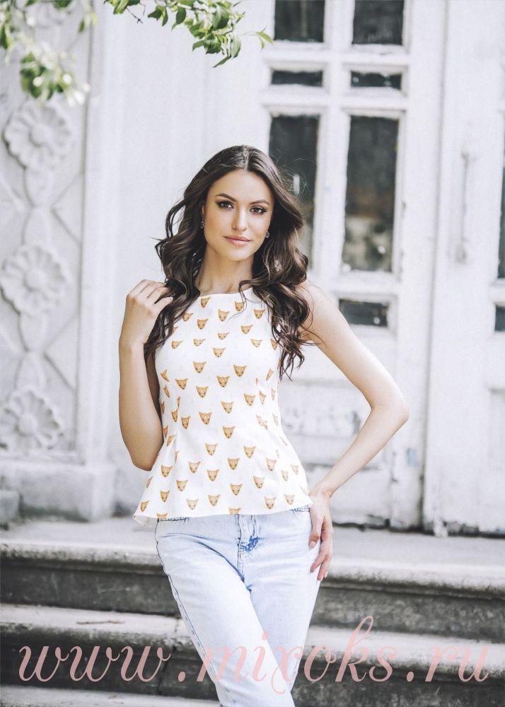Модная блузка с баской Лисички