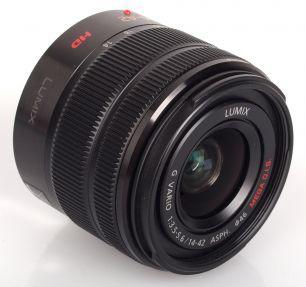 Panasonic 14-42mm f/3.5-5.6 II Aspherical Mega O.I.S. Lumix G Vario (H-FS1442A)