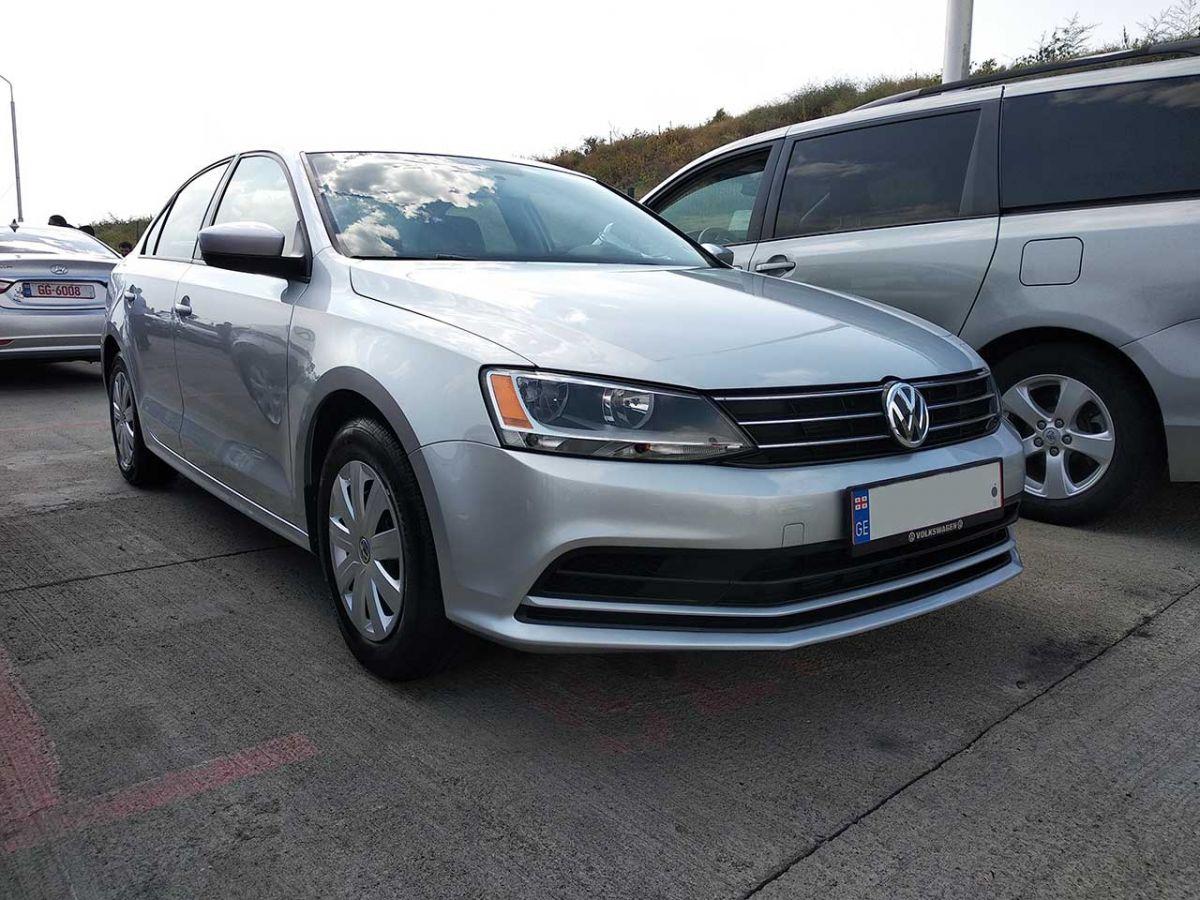 Volkswagen Jetta 2015г. автомат 1.8л.