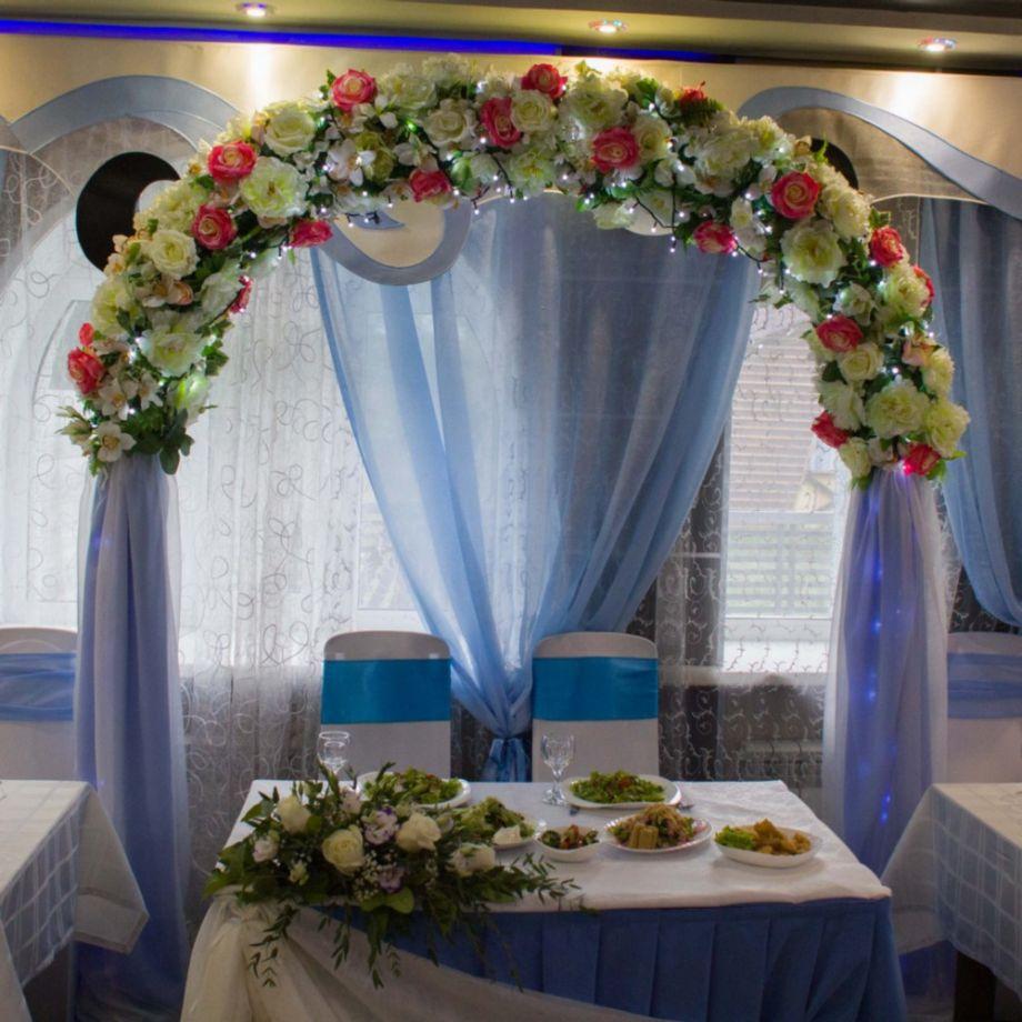 """Свадебное оформление в кафе """"Ривьера"""""""