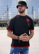 черно-красная мужская футболка андеграунд