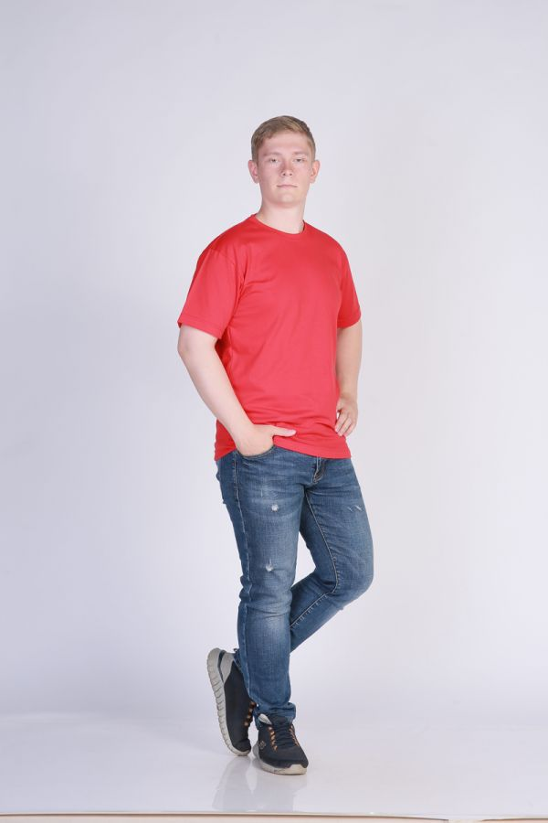 Футболка мужская без принта Красная