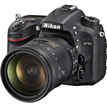Nikon D7100 18-200mm VR