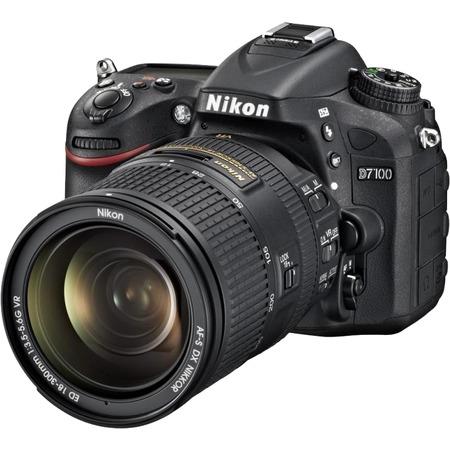Nikon D7100 18-300mm VR