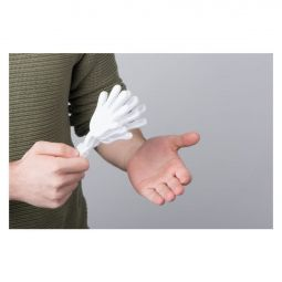 гремелка рука болельщика