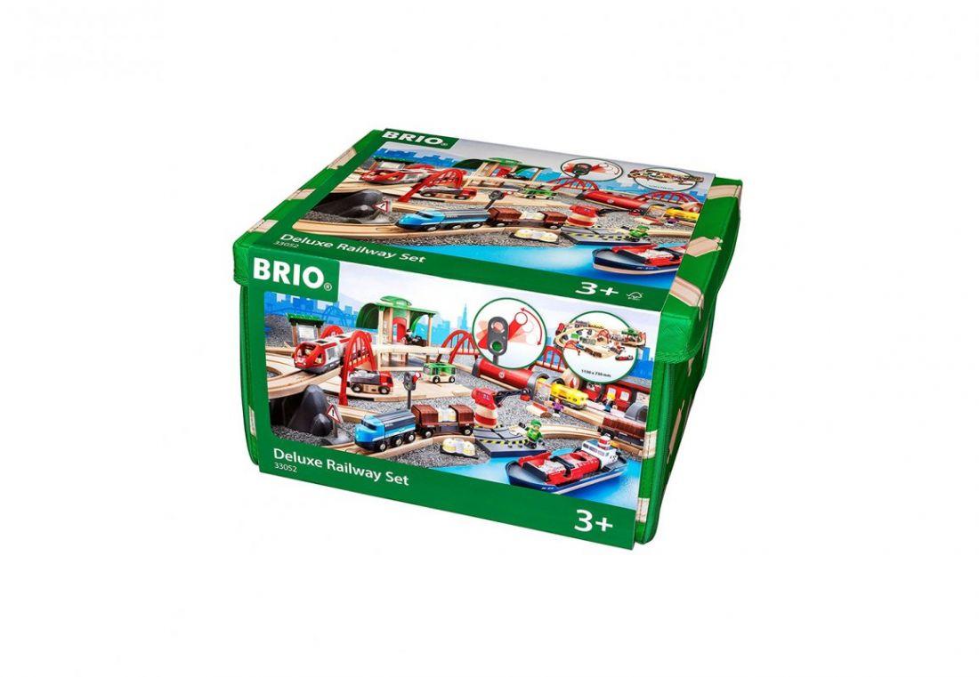 BRIO Игровой набор ж/д Делюкс с загородной виллой, в раскладной упаковке-коврике