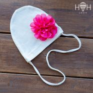 HOH ШНВ19-06113220 Однослойная шапка с завязками с цветком, молочный
