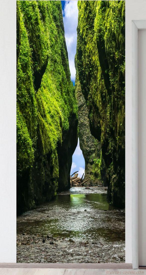 Панно на стену - Впереди водопад
