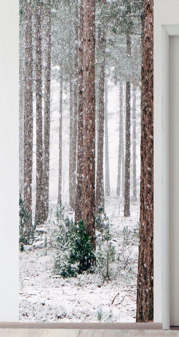 Панно на стену - Соснам не укрыться от снега