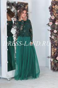 Зеленое вечернее платье с длинными рукавами