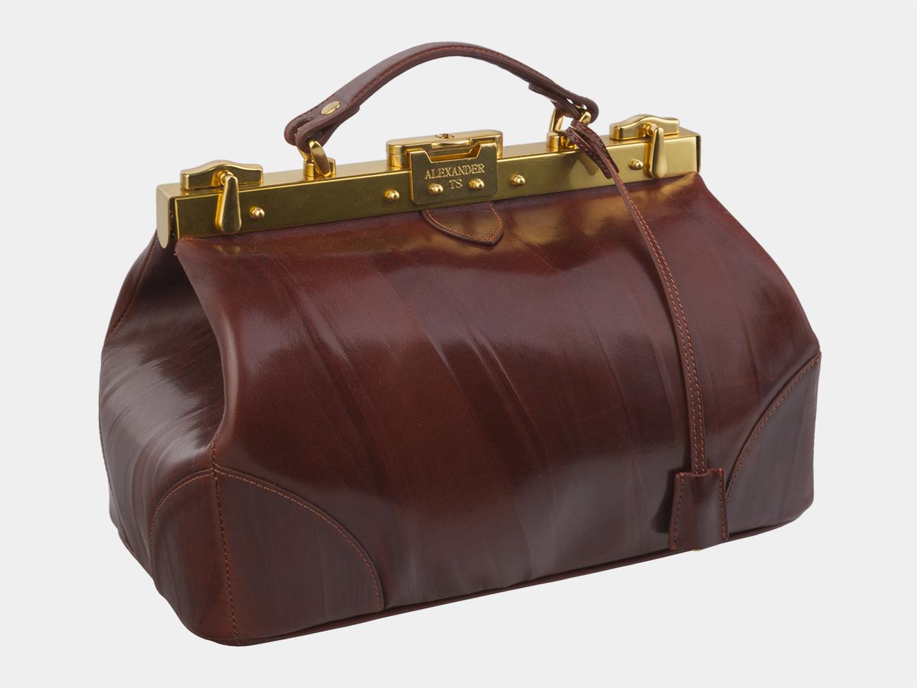 зарекомендовала женская сумка саквояж картинки пера рабочей поверхностью