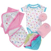 Подарочный комплект для новорожденной 9 пр Luvable Friends 07074