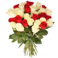 Букет из красно-белых роз (60 см)