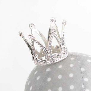 Аксессуар для куклы - Корона Серебро 4 см
