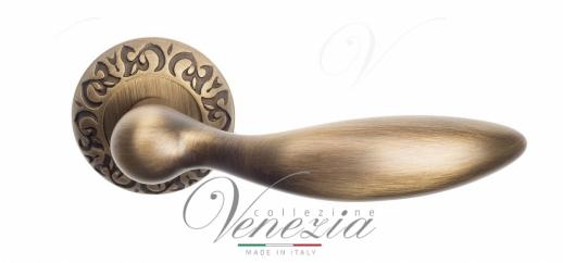 Дверная ручка Venezia MAGGIORE D4 матовая бронза