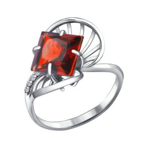 Кольцо из серебра с гранатом и фианитами 92010272 SOKOLOV