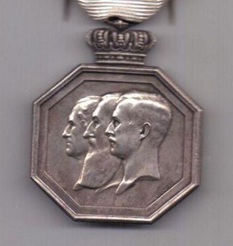 медаль 1830 - 1930 года AUNC Бельгия