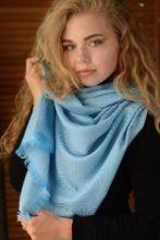 """Кашемировый шотландский легкий палантин Узор Ракушки """"Аква"""",  ART DECO BRIGHT BLUE AND AQUA SCALLOP STOLE, 100 % драгоценный кашемир, плотность 3."""