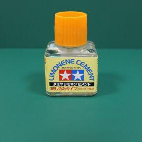 Клей Lemonene (Extra Thin Cement) - жидкий клей 40мл с закруч. крышкой и тонкой, жестк. кисточкой (с запахом лемона)
