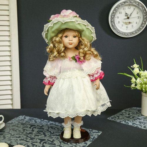 Кукла Антонина