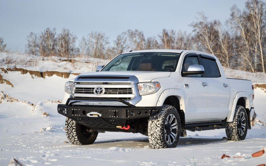 Бампер силовой передний BMS из трубы Toyota Tundra 2014-