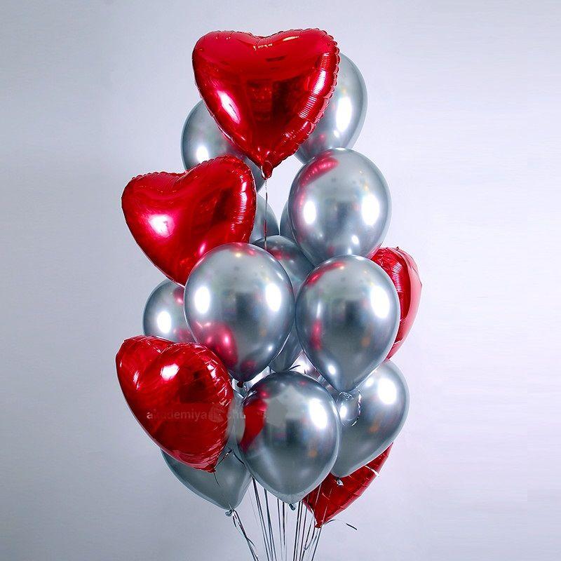 Фонтан из шаров  красных сердец и серебра хром