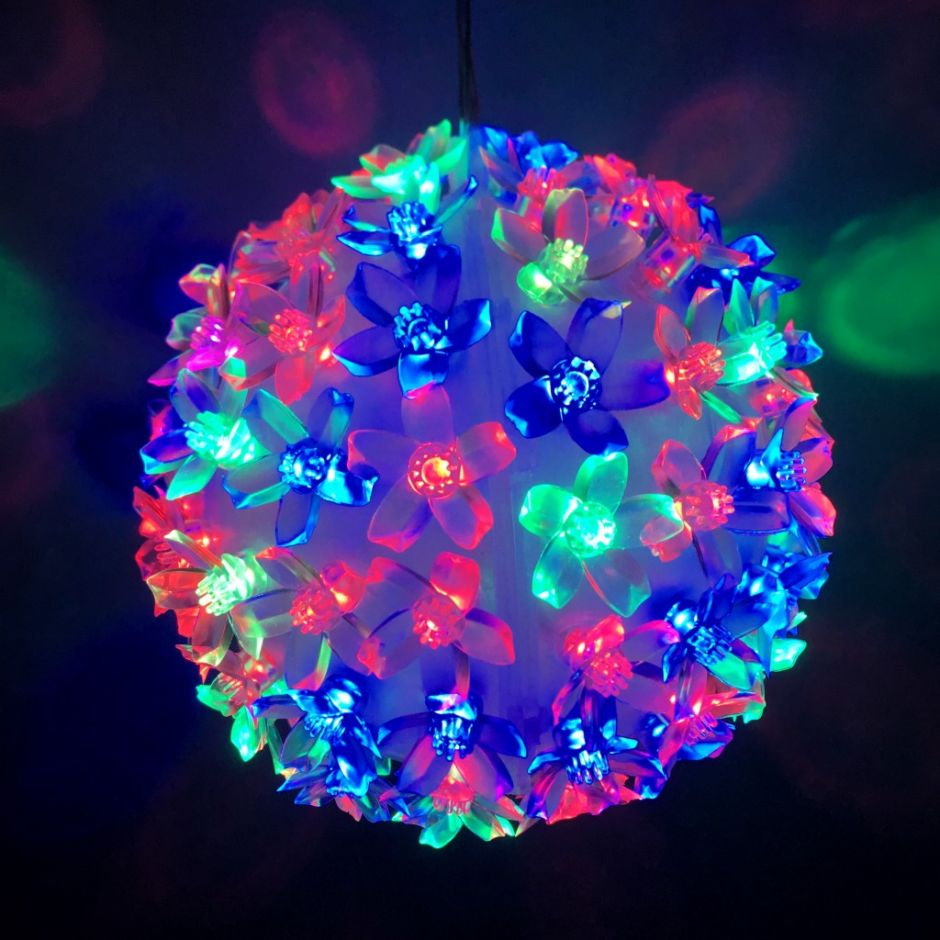 Эксклюзивный светодиодный LED шар с лампами в виде цветов Led Light. 50 ламп.