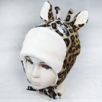 зн1011-32 Шапочка Жирафик флис завязки молочная