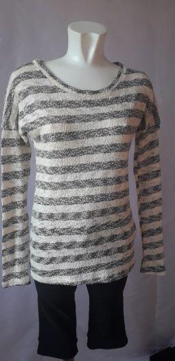 Пуловер женский, молочно-чёрный,