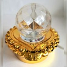 Декоративный LED-светильник на подставке Шар, 12 см, Цвет: Золотой
