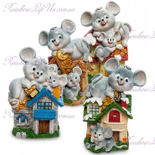 Копилка символ года ''Мышки в домике''