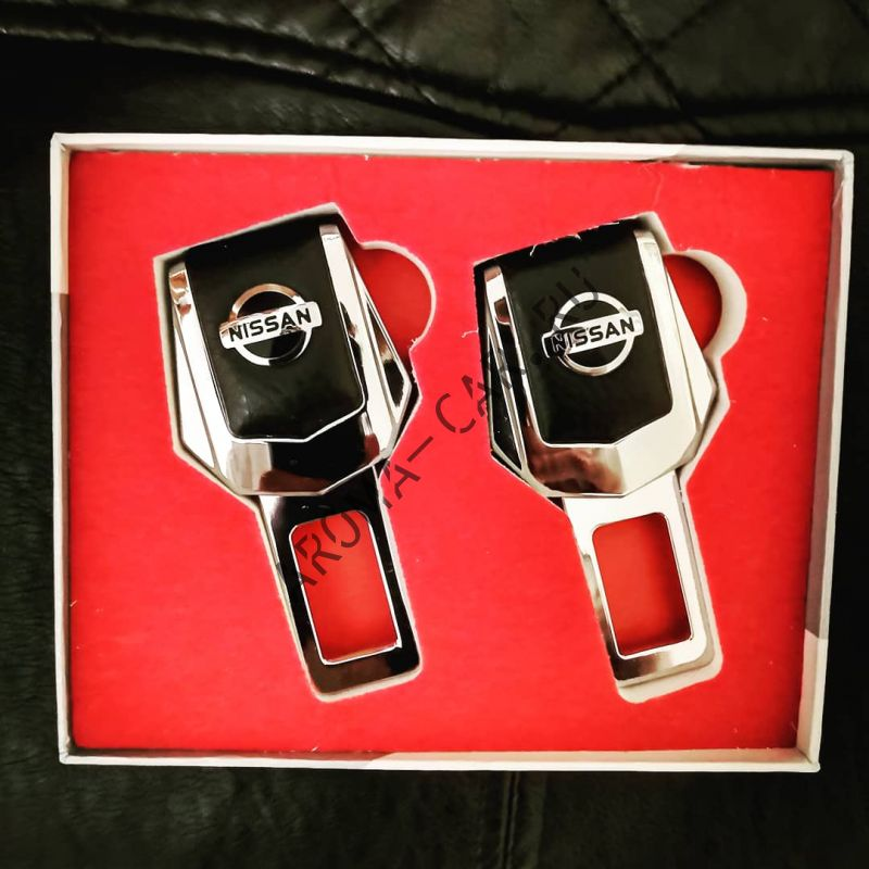 Заглушка для ремня безопасности с логотипом Nissan ( комплект)