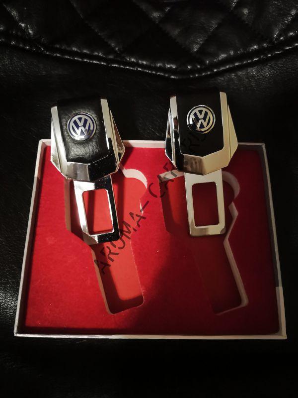 Заглушка для ремня безопасности с логотипом Volkswagen ( комплект)