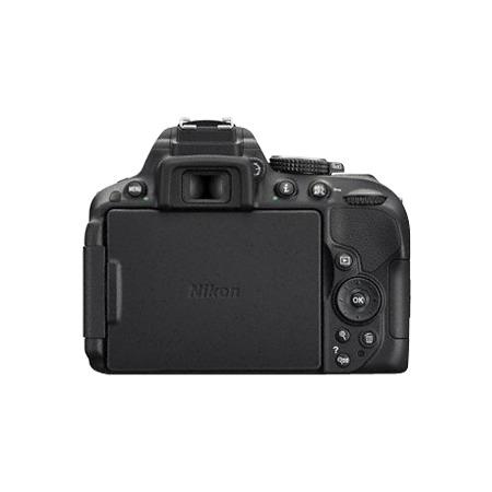 Nikon D5300 18-55 mm DX
