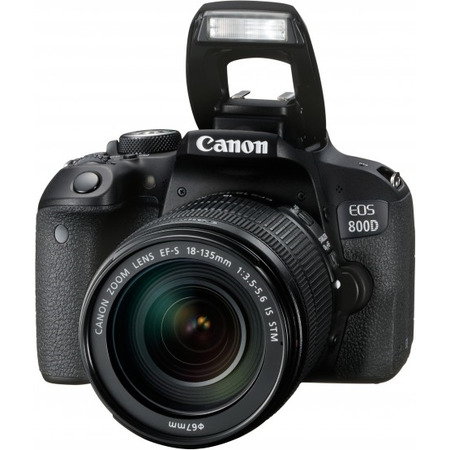 Canon EOS 800D EF-S 18-135mm IS STM