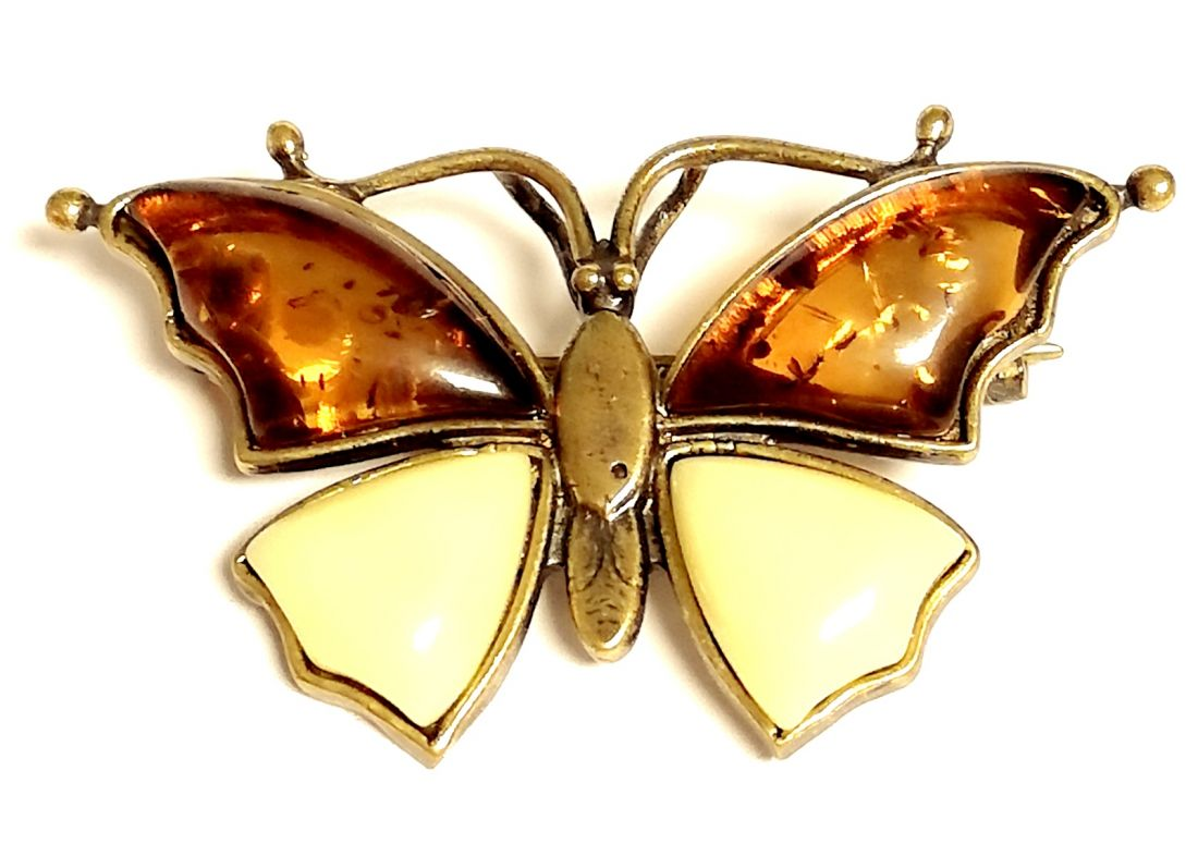 Брошь Бабочка c янтарем