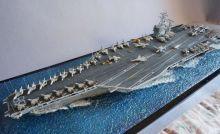 Сборная модель авианосца Карл Вилсон CVN-70 США Нимиц класса 1:700