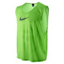 Футбольная манишка Nike Team Scrimmage Swoosh Vest салатовая