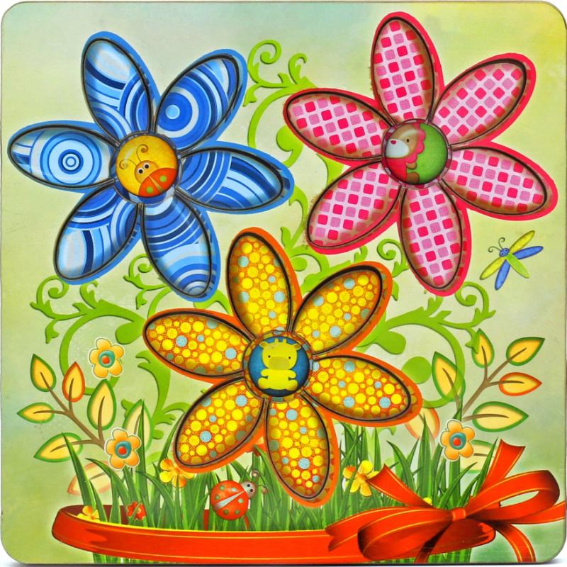 Развивающая игрушка: рамка-вкладка  «Цветочек»