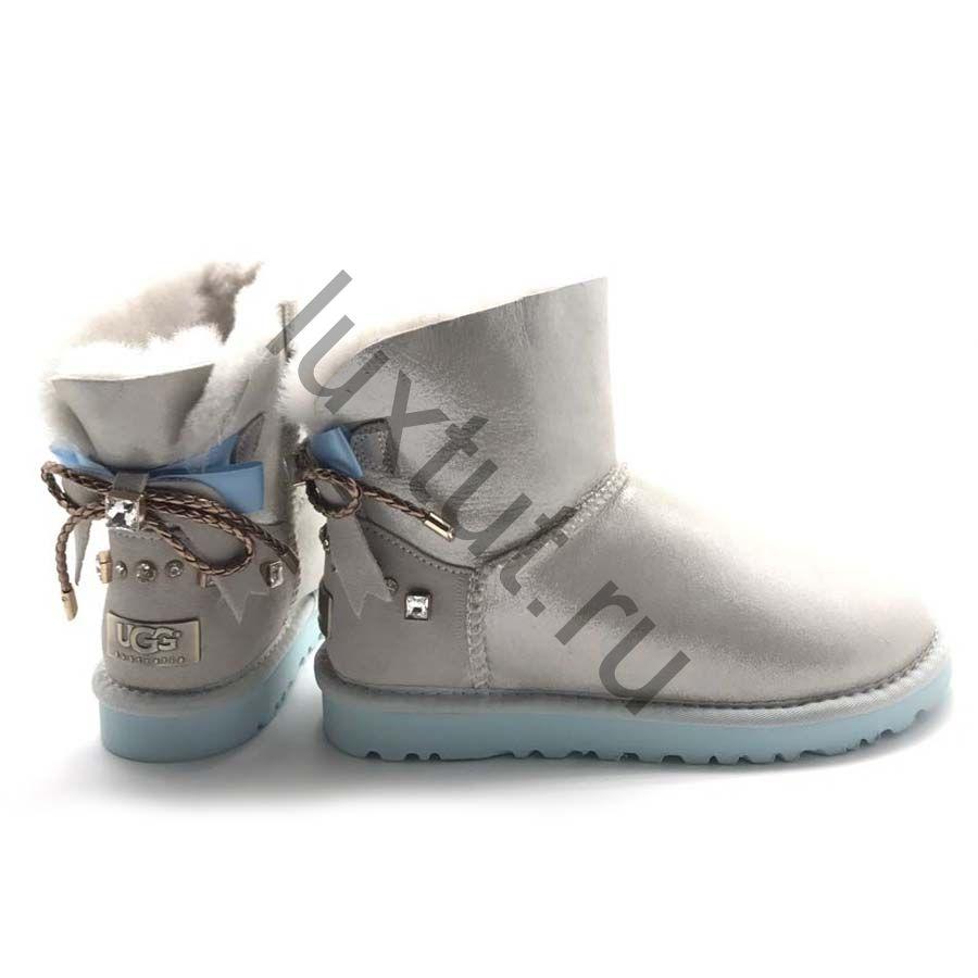 UGG MINI со шнурками сзади