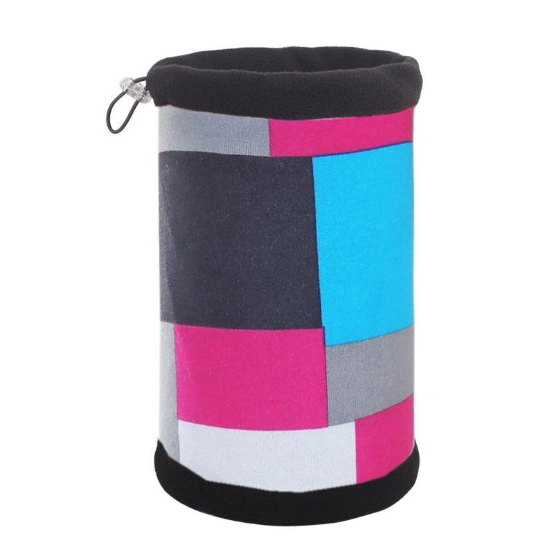 Зимняя шапка-шарф с квадратами