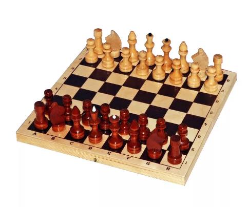 Шахматы лакированные с доской (г. Орлов)