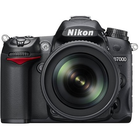 Nikon D7000 KIT 18-55mm DX