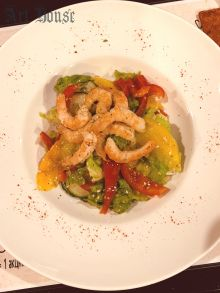 Фреш-салат из королевских креветок